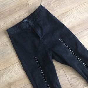 Missguided High Rise Vice Denim with Ring Detail